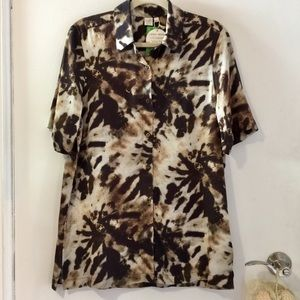 NWT eco-friendly short-sleeved blouse